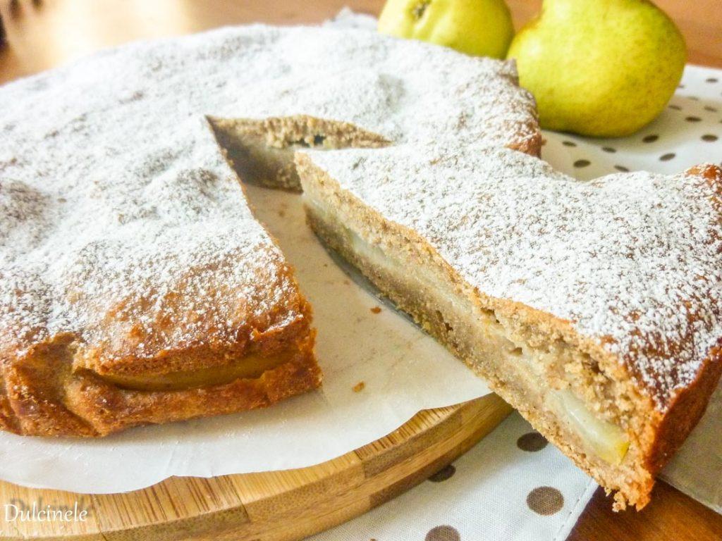 Prăjitură din faină integrală cu pere
