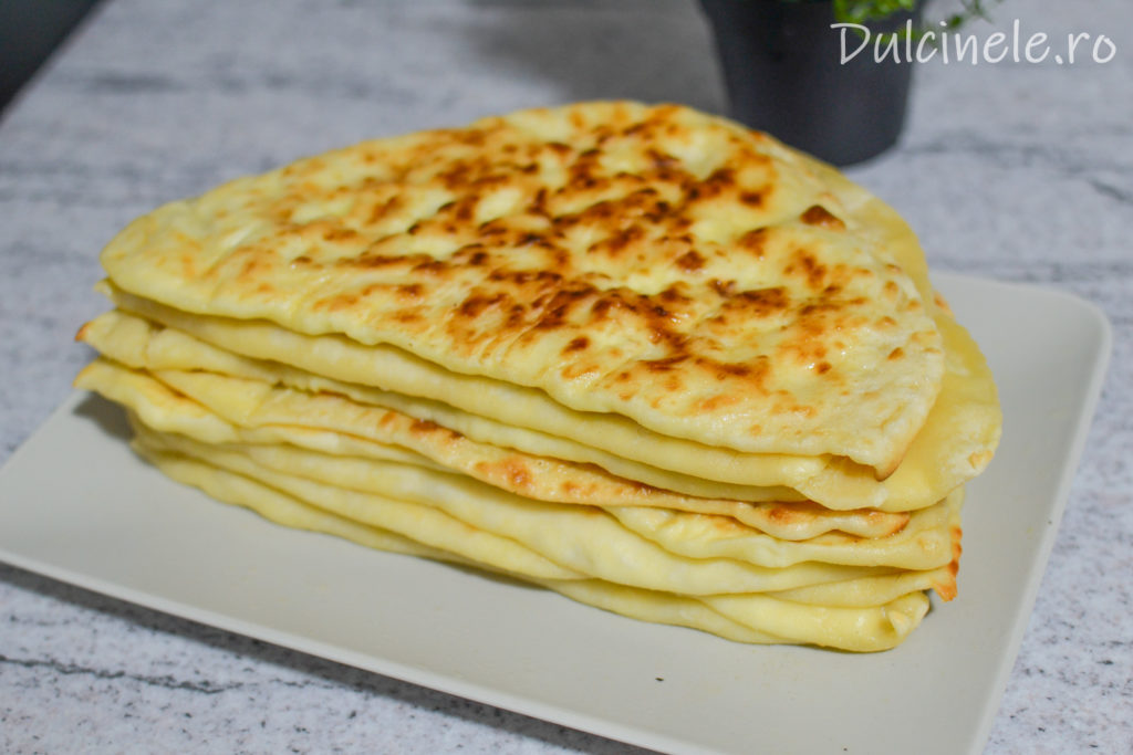 Plăcinte cu brânză la tigaie || Dulcinele.ro