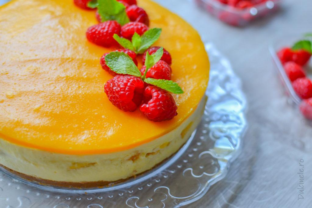 Cheesecake fără coacere cu mango || Dulcinele.ro