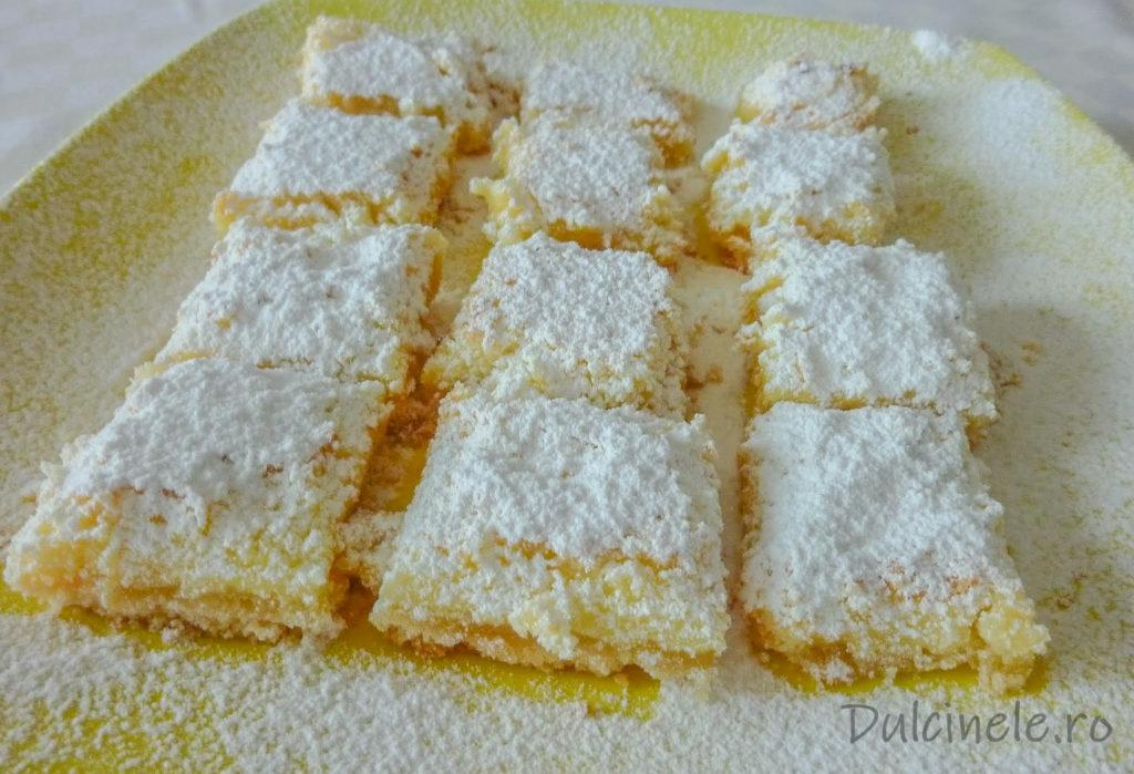 Prăjitură simplă cu blat crocant și cremă de lămâie