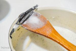 crema simplă de vanilie