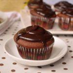 Briose de ciocolata cu inima de caramel (2)-1