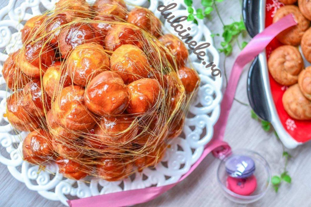 Tort Profiterol (Croquembouche)