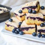 Prăjitură cu afine și bezea