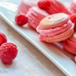 Macarons cu zmeură    DULCINELE