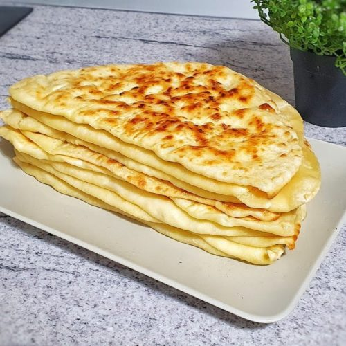 Plăcinte cu brânză la tigaie