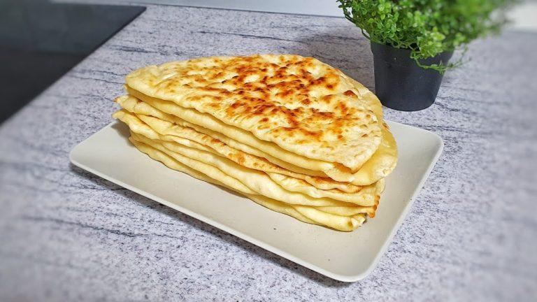 Plăcinte cu brânză la tigaie – rețeta VIDEO